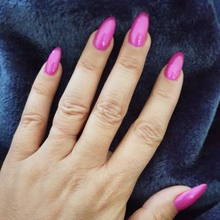 Pink candy on blue mink - divine! How good would your nails look with a fresh shape and colour? Book now #linkinbio . . . . . . #beauty #lounge #nails #beautylounge #beautyloungemounthawthorn #beautyloungemthawthorn #beautyloungeperth #thebeautylounge #beautyloungeperth #beautyloungehq #acrylicnails #perthstyle #frenchnails #perthnow #stilettonails #perthnails #shortnails #longnails #manicure #perth #nailsalon #ladiesofvincent #perthwa #uglyducklingnails #pedicure #nailtechnician #perthfashion #toes #perthfect